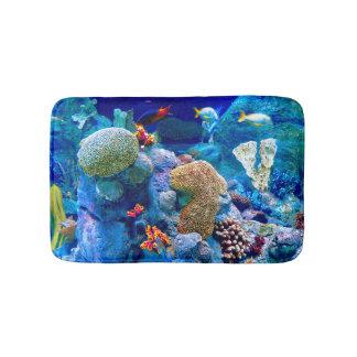 熱帯カラフルな海底珊瑚礁 バスマット