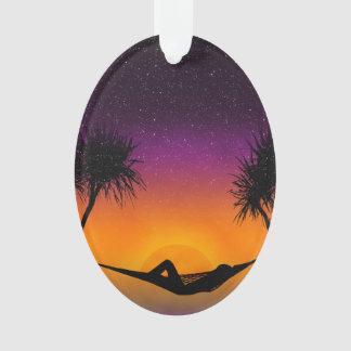 熱帯ハンモックの日没のシルエットのデザイン オーナメント