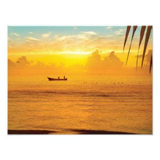 熱帯ビーチのカラフルな日没 フォトプリント