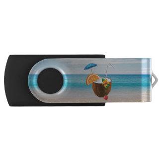 熱帯ビーチ、青空、海の砂、ココナッツCoctail USBフラッシュドライブ