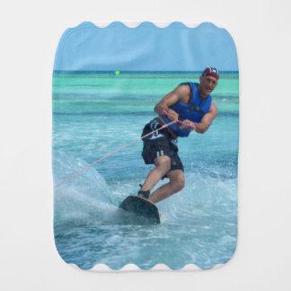 熱帯地方のWakeboarding バープクロス