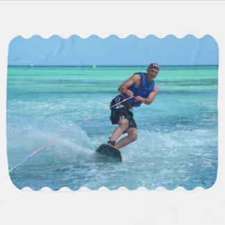 熱帯地方のWakeboarding ベビー ブランケット