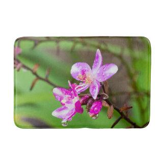 熱帯庭の敏感なピンクの蘭 バスマット