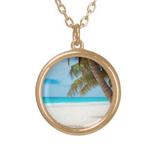 熱帯楽園のビーチ ゴールドプレートネックレス