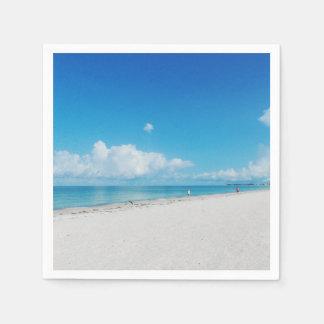 熱帯白い砂のビーチ スタンダードカクテルナプキン
