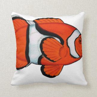 熱帯礁のClownfish (Nemo)の投球のクッション クッション