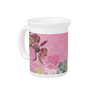 熱帯花のピンクの水差しのクリームの台所茶 ピッチャー