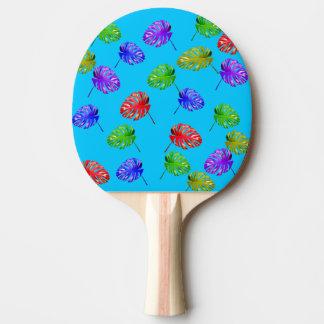 熱帯葉の青い背景の卓球ラケット 卓球ラケット