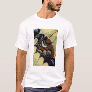 熱帯蝶クローズアップ Tシャツ