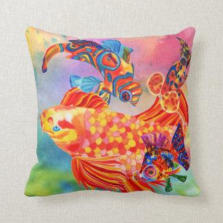 熱帯魚の倍は装飾的な枕味方しました クッション