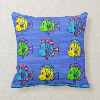 熱帯魚1つの装飾用クッション クッション