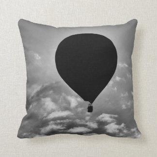 熱気の気球の正方形の枕 クッション