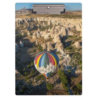 熱気の気球の空中写真、Cappadocia クリップボード