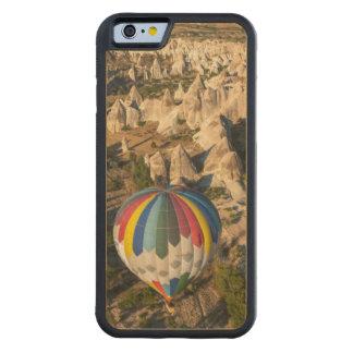 熱気の気球の空中写真、Cappadocia CarvedメープルiPhone 6バンパーケース