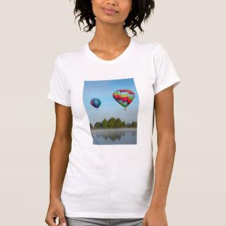 熱気は湖、NZに風船のようにふくらみます Tシャツ