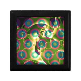 熱狂するでクールでサイケデリックな虹の抽象芸術 ギフトボックス