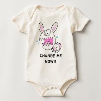 """熱狂するで異常なバニーウサギは""""私を""""クリーパー今変えます ベビーボディスーツ"""