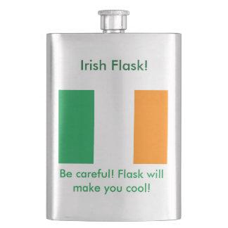 熱狂するなアイルランドのクラシックなフラスコ フラスク