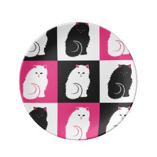 熱狂するなショッキングピンクの子猫猫パターン 磁器プレート