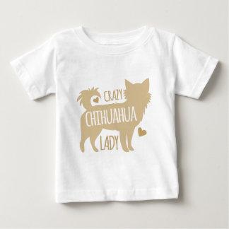 熱狂するなチワワの女性 ベビーTシャツ
