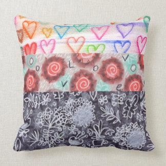 熱狂するなパターン組合せの枕 クッション