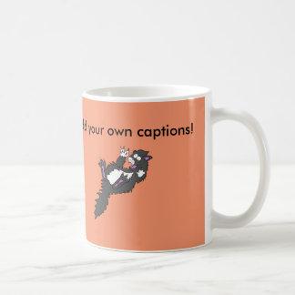 熱狂するな灰色のタキシードの子猫 コーヒーマグカップ