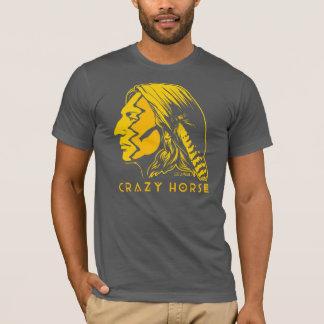 熱狂するな馬戦争ペンキ Tシャツ
