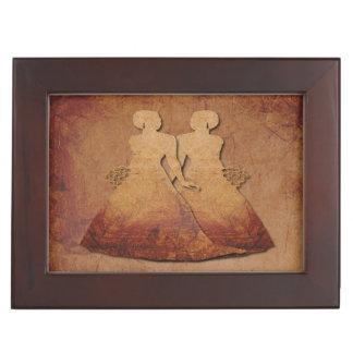 燃えるようで赤く素朴なレズビアンの結婚式の記念品のギフト ジュエリーボックス