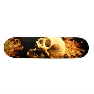 燃えるようなスカル オリジナルスケートボード