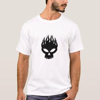 燃えるようなスカル Tシャツ