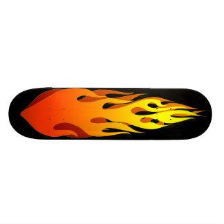 燃えるようなスケートボード 21.6CM スケートボードデッキ