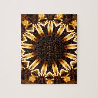 燃えるようなヒマワリの幾何学的な万華鏡のように千変万化するパターン ジグソーパズル