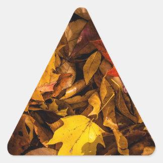 燃える紅葉 三角形シール・ステッカー