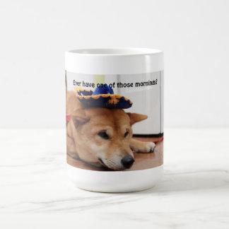 燻製の魚柴犬のマグ コーヒーマグカップ