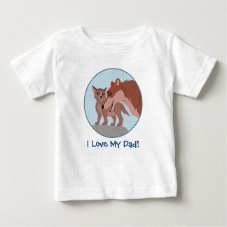父のオオカミおよび子犬 ベビーTシャツ