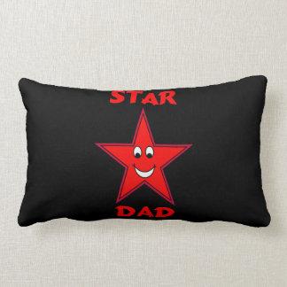 父の日のかわいく赤い星のパパ ランバークッション