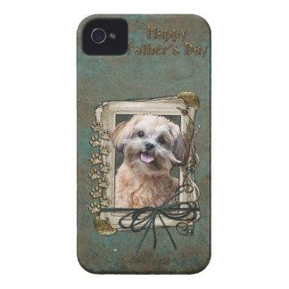父の日-石造りの足- ShihPoo - Maggie Case-Mate iPhone 4 ケース