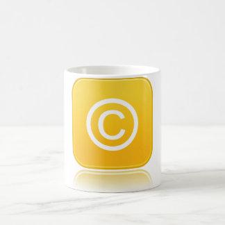 版権の記号のマグ コーヒーマグカップ
