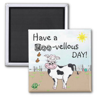 牛および小さい生き物-冷蔵庫用マグネット マグネット