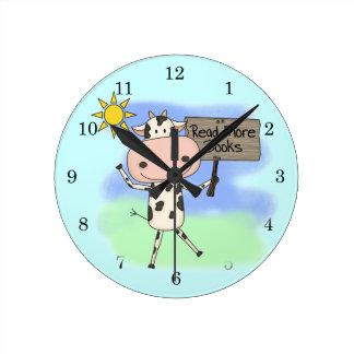 牛はより多くの本を読みました ラウンド壁時計