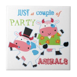 牛パーティー好きな人 タイル