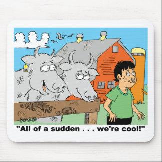 牛/ノーズリング/農家の子供の漫画のGIFTWARE マウスパッド