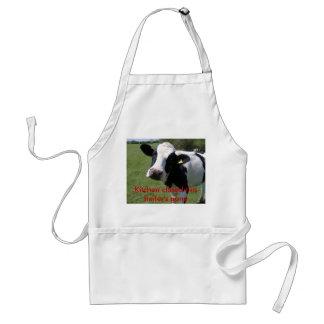 牛、台所は行ったこの雌牛を閉めました スタンダードエプロン
