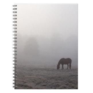 牧草を食べるHazzy ノートブック