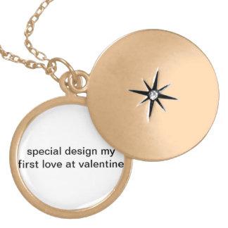 特別なデザインバレンタインの私の最初愛! ロケットネックレス