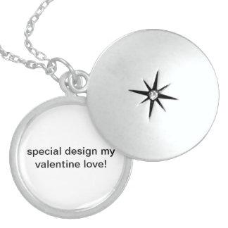 特別なデザイン私のバレンタイン愛! 円形のロケット スターリングシルバーネックレス