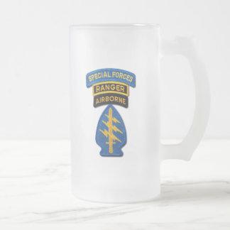 特殊部隊のグループの緑色のベレー帽SF SOF SFG SOC フロストグラスビールジョッキ