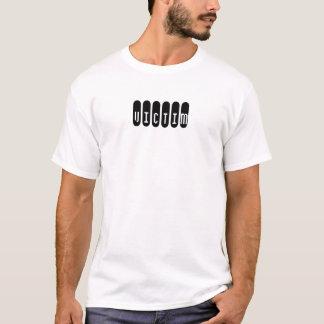 犠牲者 Tシャツ