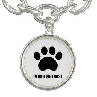 犬で私達はチャームブレスレットを信頼します チャームブレス