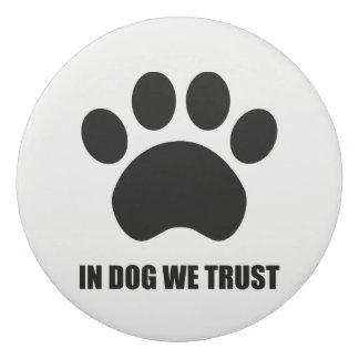 犬で私達は消す物を信頼します 消しゴム